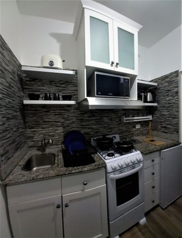 Gated Fully Furnished Executive 1 Bedroom Suite