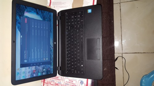 HP 15 LAPTOP FOR SALE IN EXCELLENT  CONDITION