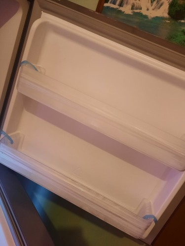 16 CUBIC REFRIGERATOR WITH WATER DISPENSOR