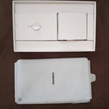 New Galaxy TAB A.  32GB. 8inch