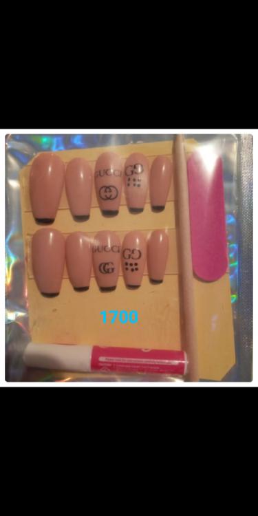 Presson Nails And Toenails