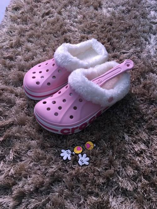 Crocs Size 6 Women
