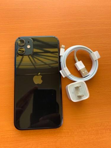 IPhone 11 R-Sim Unlocked