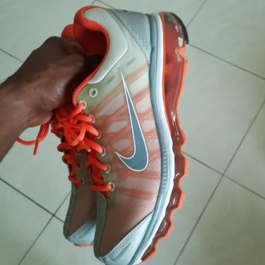 Womens Nike Air Max Size 9.5