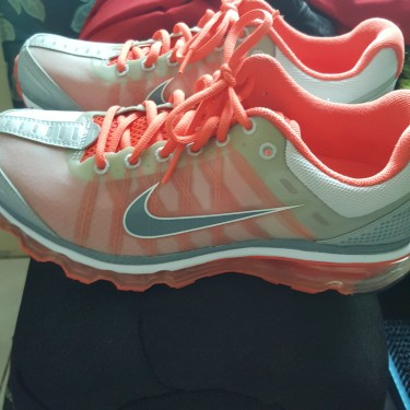 Womens Nike Air Max Used For Gym/running Shoes
