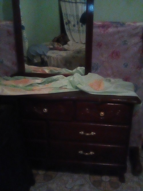 Queen Bed And 7 Draw Dresser