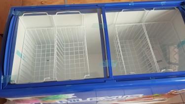 Freezer (Display Freezer) Brand New