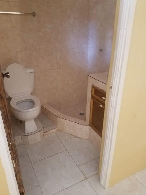 1 Bedroom Living Kitchen Bathroom Varanda