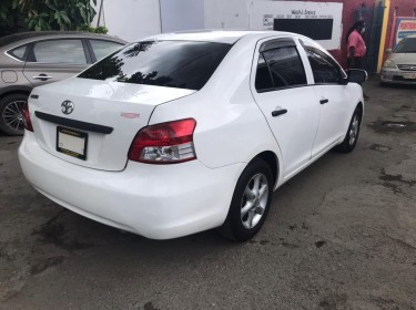 2010 Toyota Belta For Sale
