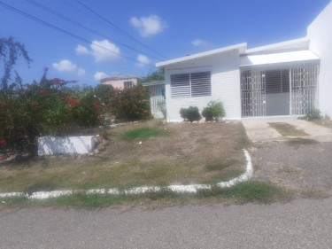 2 Bedrooms House For Sale