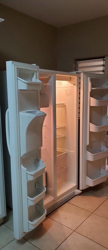 Frigidaire Side By Side Refrigerator