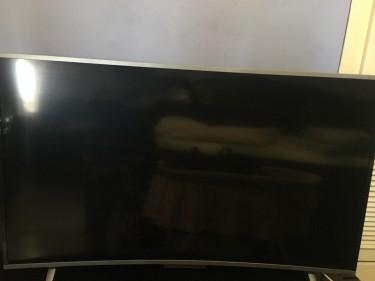 "Black Star 65"" Curve Television"