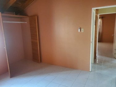 Newly Renovated 2 Bedrooms House
