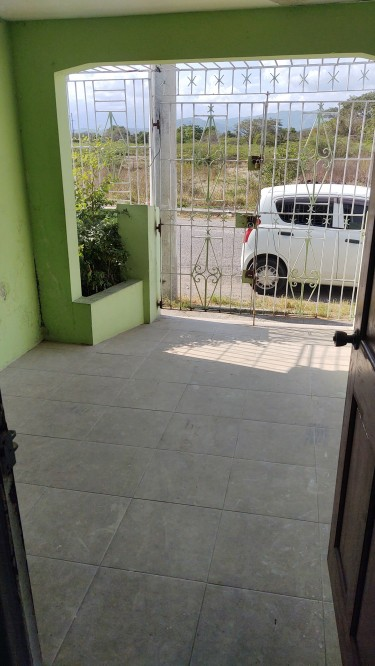 2 Bedroom House For Rent In Waterford Portmore