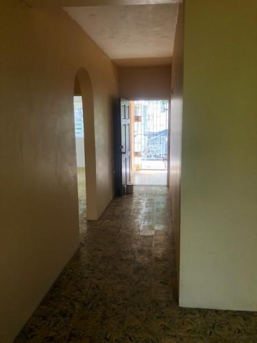2 Bedroom 1 Bathroom Apartment For Rent