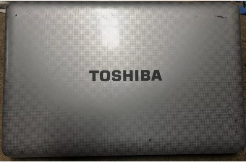 TOSHIBA LAPTOP  FOR SALE AVAILABLE  APRIL 1,2021