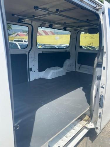 2014 Nissan Caravan NV350