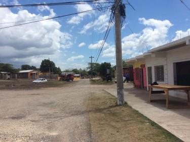 5 Shops On 2 Acres Land
