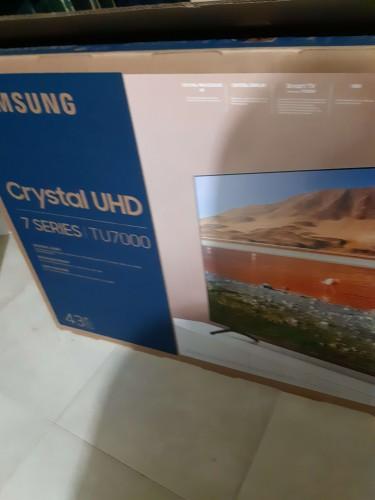 Samsung 43 Inch 4K UHD TV For Sale