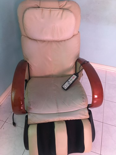 Electric Head To Toe Massage Chair