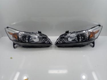 Honda Stream RN6 Left And Right Headlight