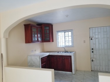 2 Bedroom Apartment Cornwall Courts, Montego Bay