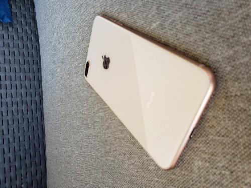 Iphone 8+ 256gb 65000.00