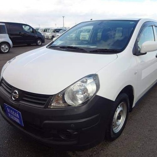 Nissan AD 2016 VE $3,600 READY TO SHIP