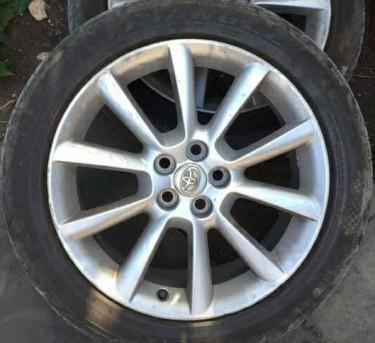 Toyota Wish,subaru,corolla 17