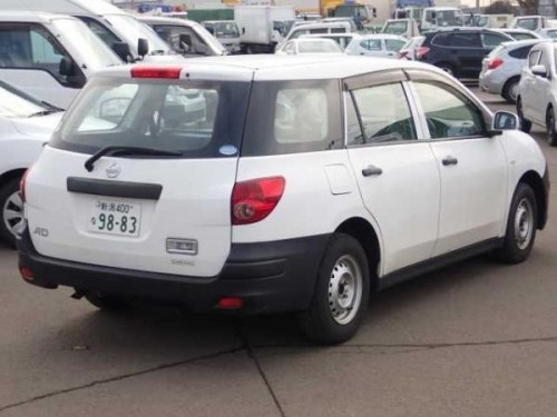 Nissan Ad Wagon 2015