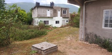 1 Bedroom, Own Conveniences, Utilities Incl Houses Near UWI- Goldsmith Villa