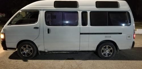 Hiace Bus 2004