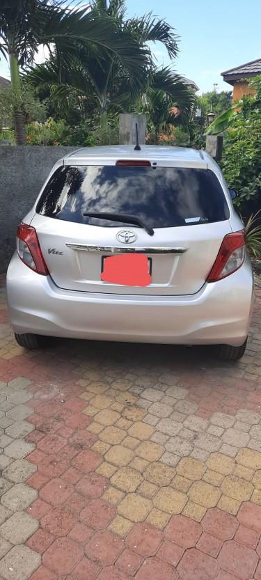 2011 Toyota Vitz