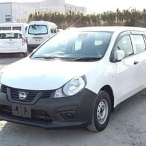 Nissan AD 2018 VE $6,200 USD