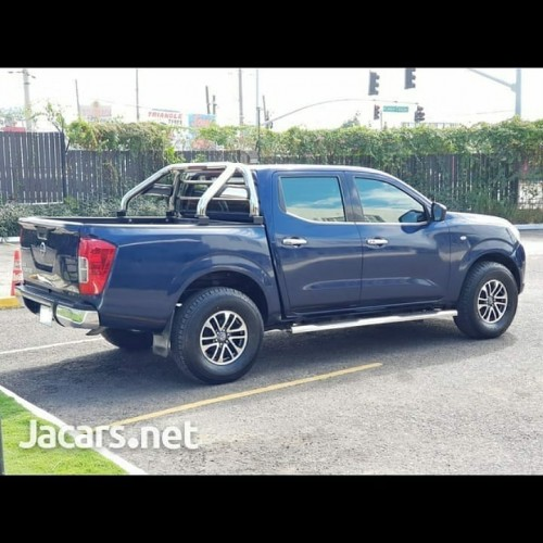 Nissan Frontier 2019 Good Condition Fabric Insi3.6