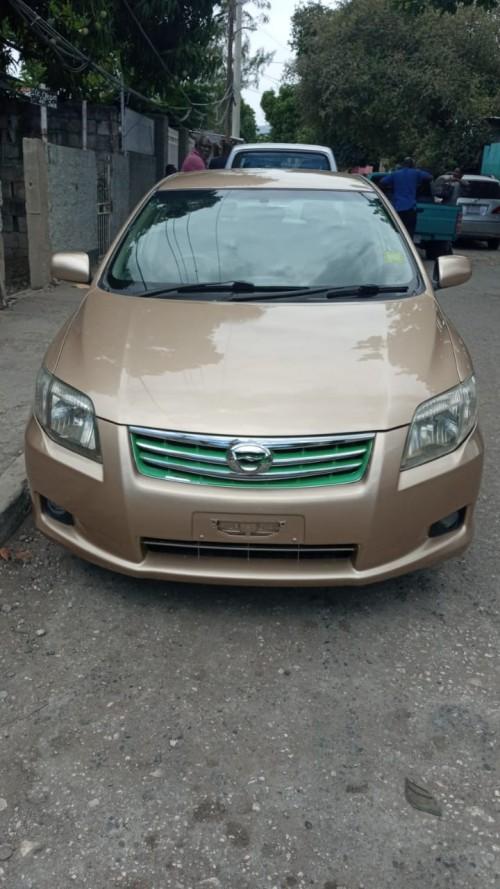 Toyota Axio 2012