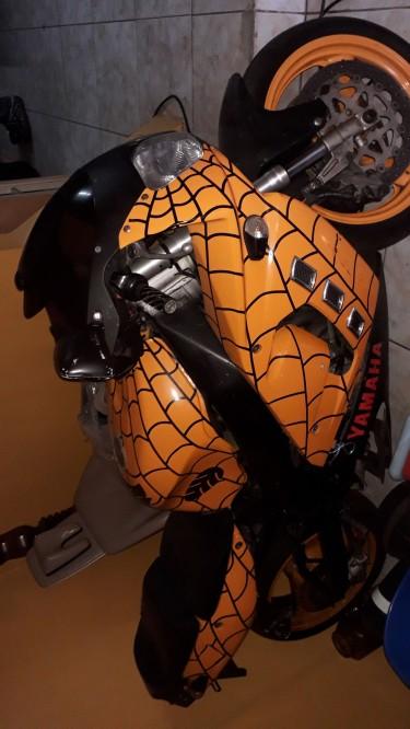 Yamaha Bike R1 1000