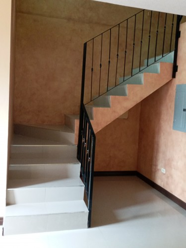 2 Bedroom Townhouse For Rent