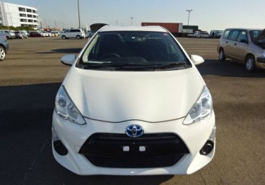 2015 Toyota Aqua Newly Imported