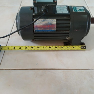 AC Motor, 220volts 3phase