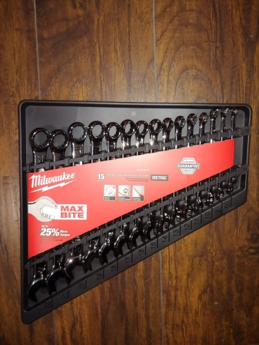 New Milwaukee13 Piece Metric Wrench / Spanner Set