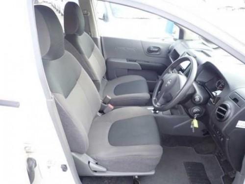2015 Nissan Ad Wagon
