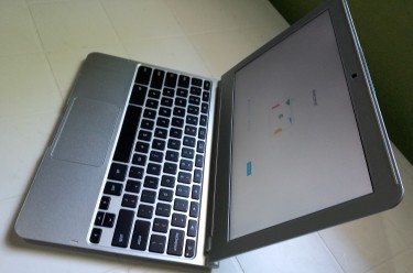 Like New Samsung Chromebook LAPTOP SALE!!