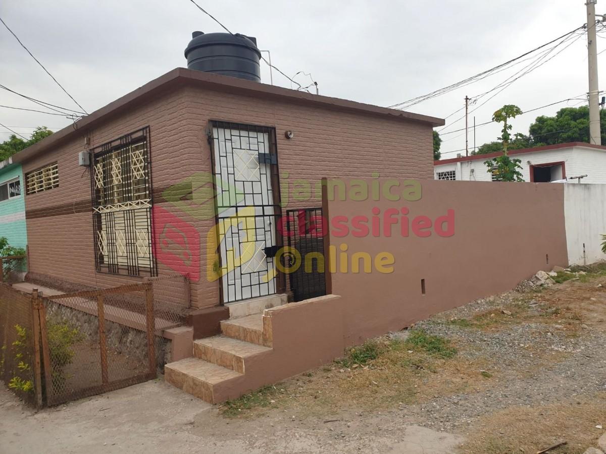 1 Bedroom 1 Bath House For Sale In Delacree Pk Kgn 13 Kingston St Andrew Houses
