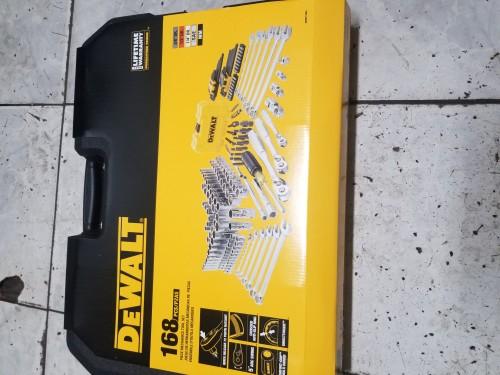 DeWalt Tool Kit And Socket Set 168 Pieces