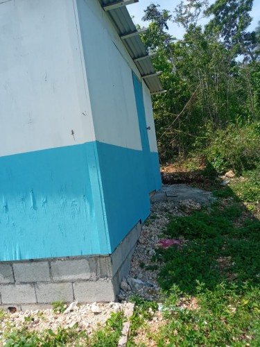 2 Bedroom- CLEAN BRIGHT HOUSE FOR RENT