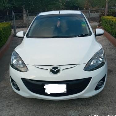 2012 Mazda Demio $950k