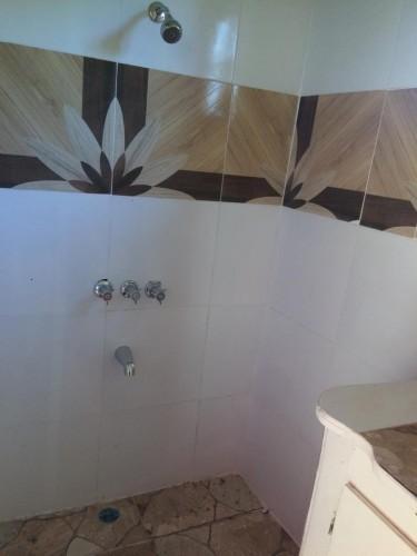 1 Bedroom Bathroom Kitchen & Verandah With Park