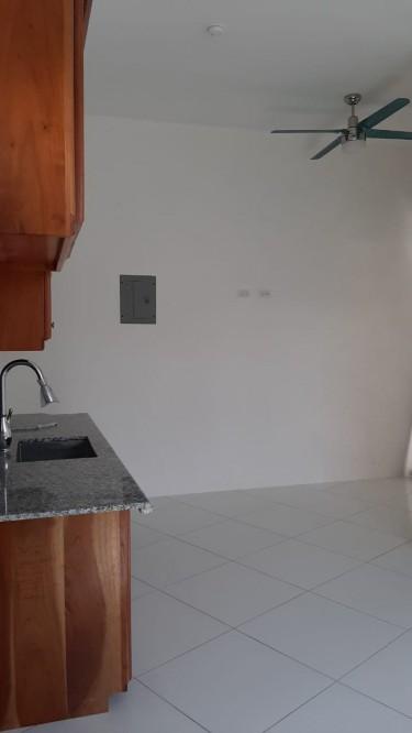 Apartment 2 Bedrooms 2bathrooms