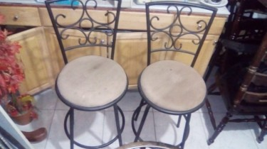 High Stools With Back